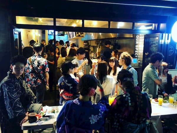 大規模恋活パーティーのイメージ写真2